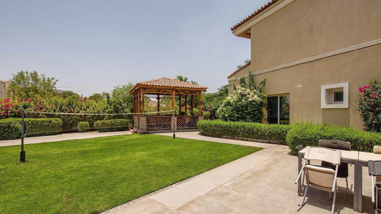 Villa for sale in Dubai, UAE, 4 bedrooms, 301 m2, No. 24041 – photo 5