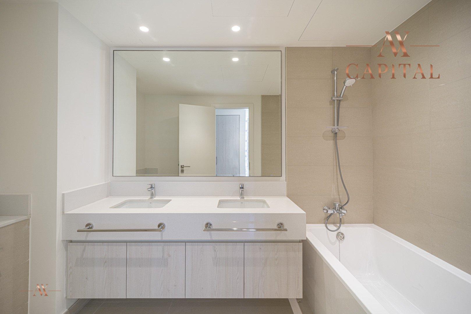 Apartment for sale in Dubai, UAE, 3 bedrooms, 126.1 m2, No. 23642 – photo 6