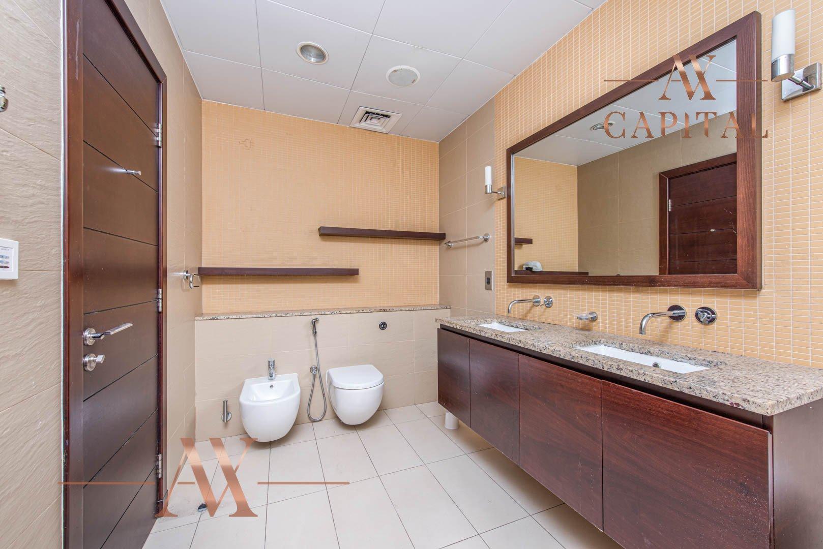 Apartment for sale in Dubai, UAE, 2 bedrooms, 155 m2, No. 23704 – photo 7