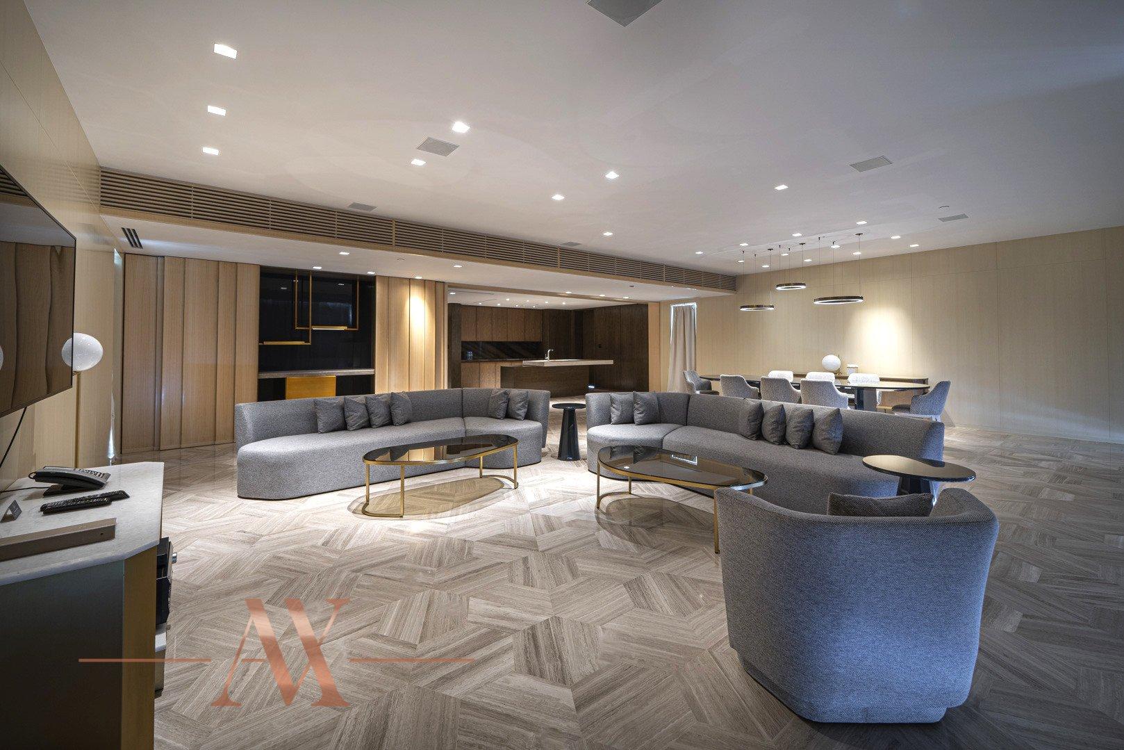 Villa for sale in Dubai, UAE, 4 bedrooms, 1143.2 m2, No. 23796 – photo 1