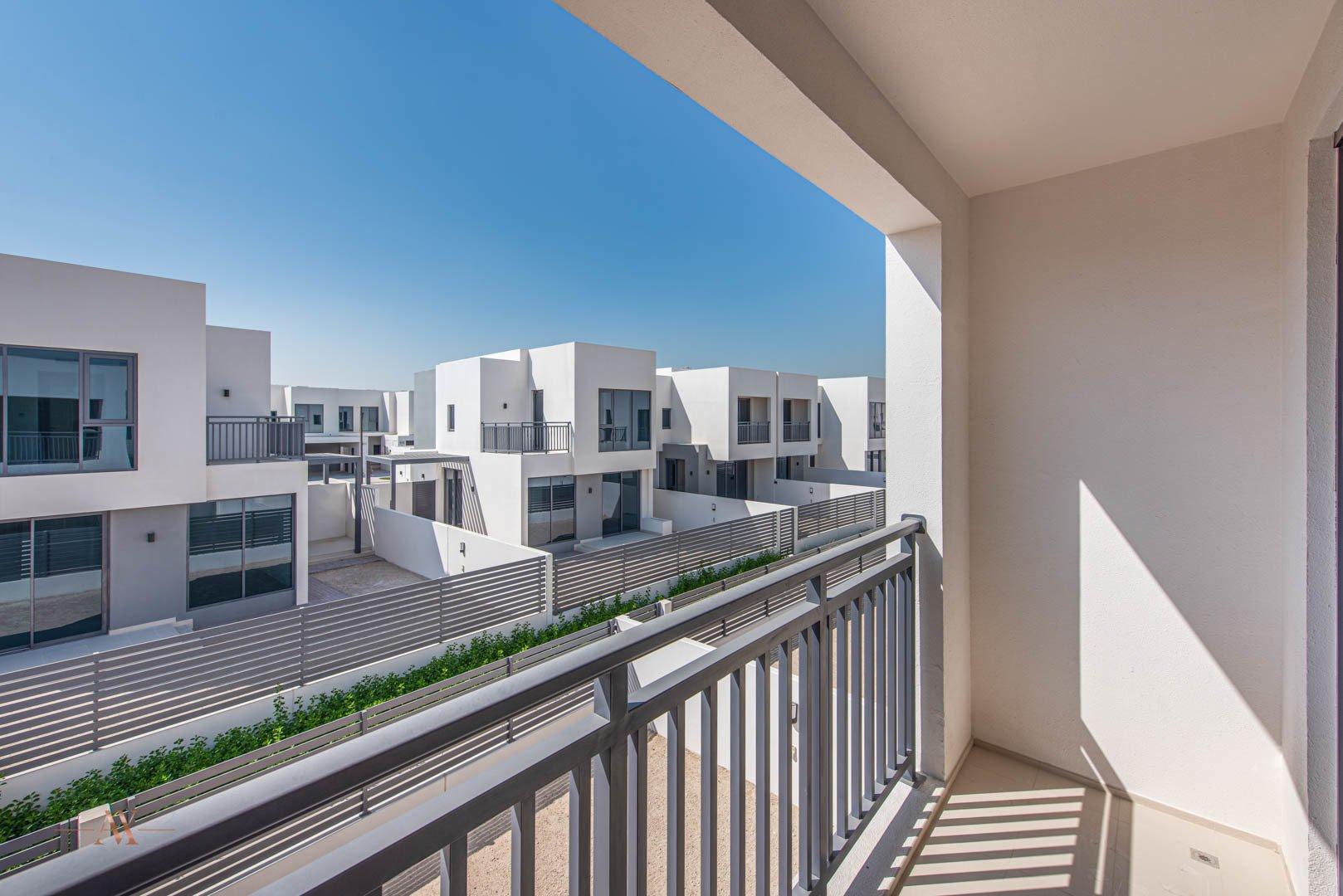 Villa for sale in Dubai, UAE, 3 bedrooms, 194.4 m2, No. 23635 – photo 4