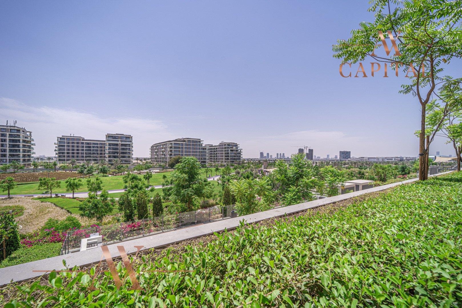 Apartment for sale in Dubai, UAE, 3 bedrooms, 236.9 m2, No. 23677 – photo 15