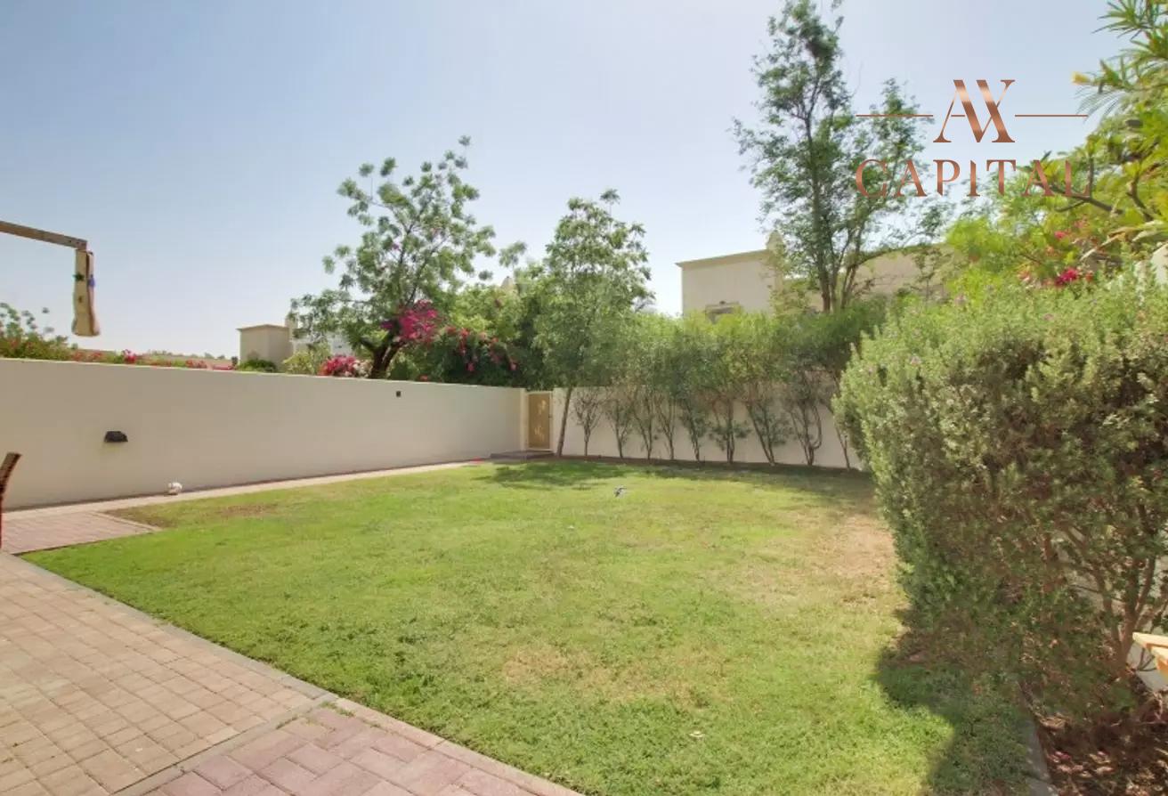 Villa for sale in Dubai, UAE, 2 bedrooms, 175.5 m2, No. 23752 – photo 8