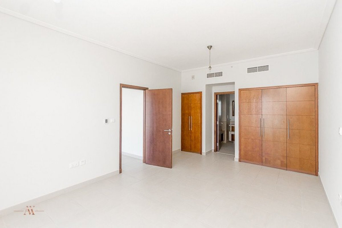 Apartment for sale in Dubai, UAE, 3 bedrooms, 195.3 m2, No. 23606 – photo 8