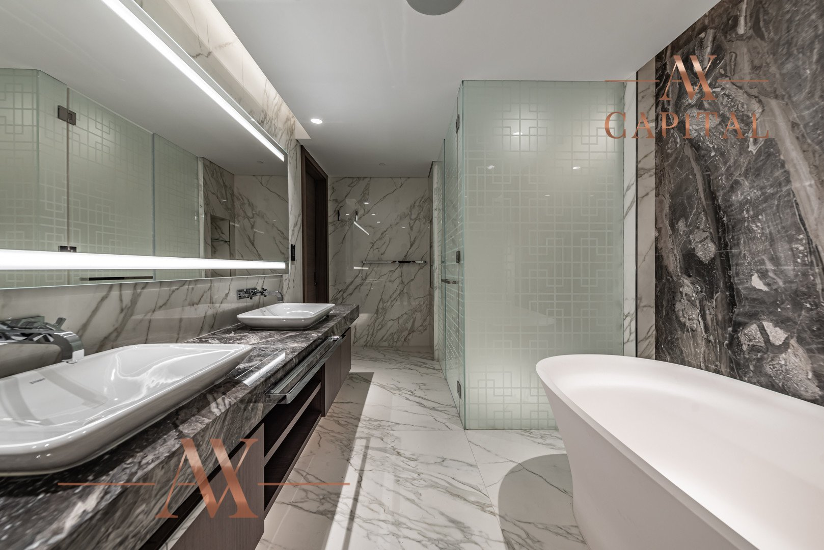 Penthouse for sale in Dubai, UAE, 3 bedrooms, 555.6 m2, No. 23768 – photo 2