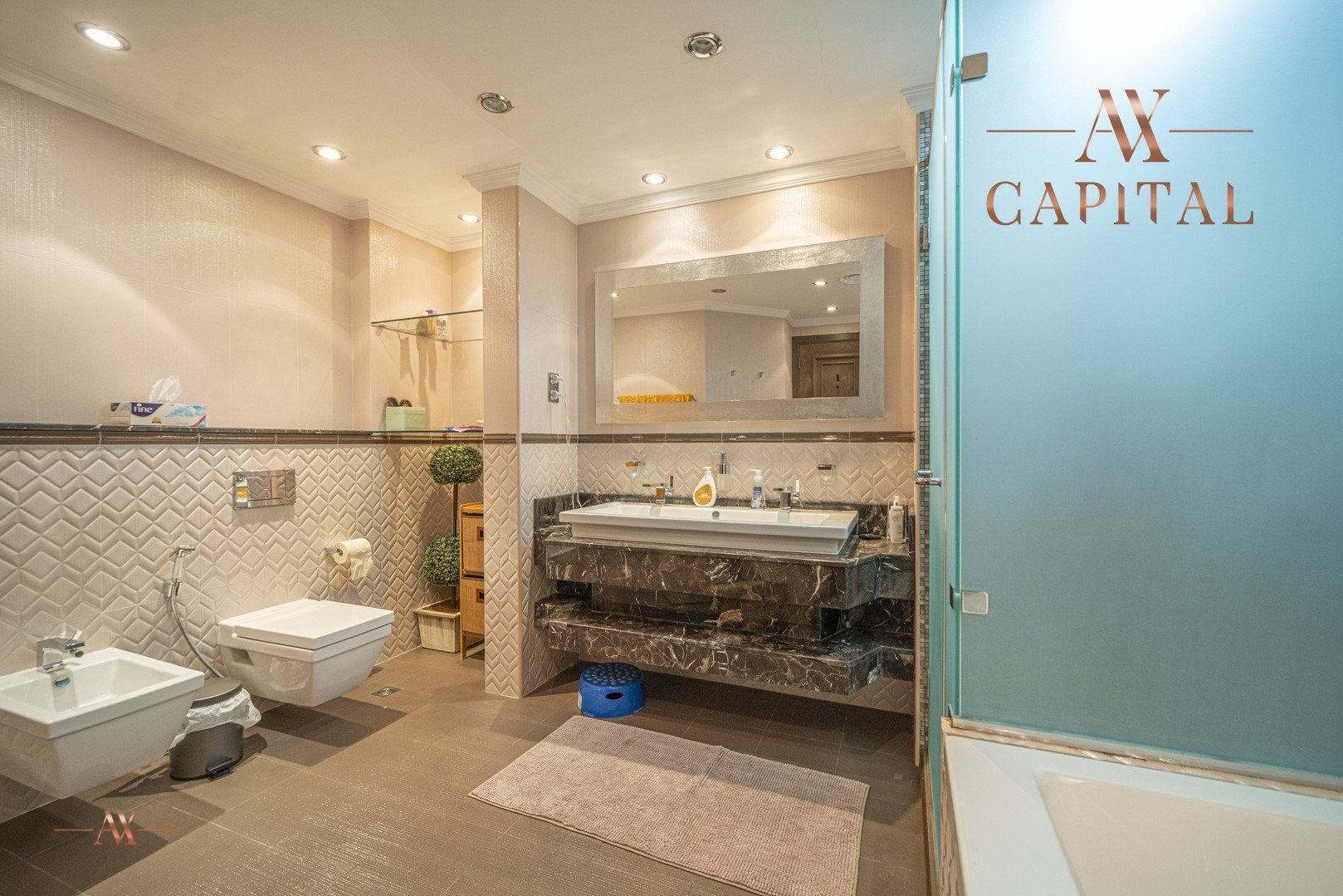 Apartment for sale in Dubai, UAE, 3 bedrooms, 201.1 m2, No. 23512 – photo 10