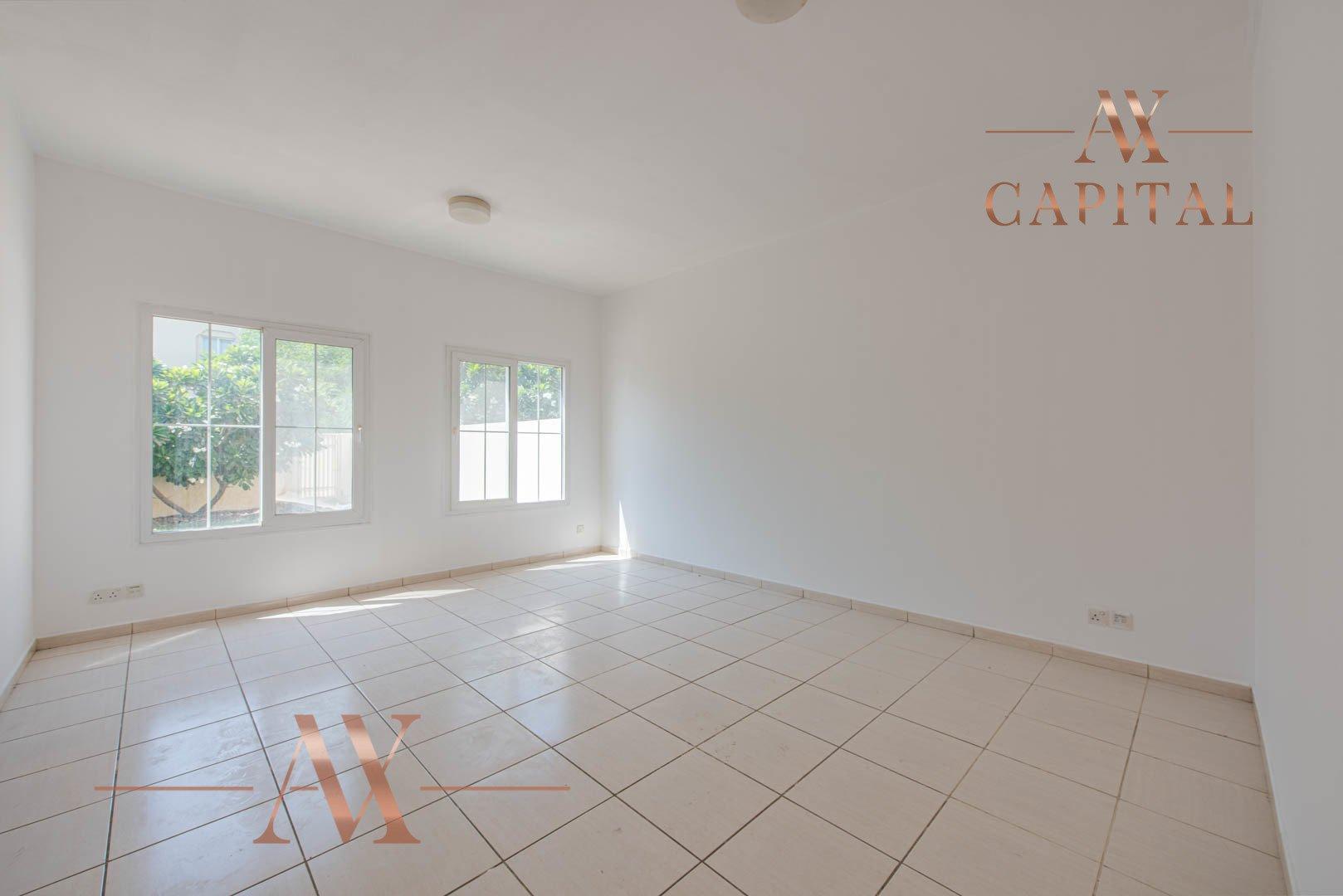 Villa for sale in Dubai, UAE, 2 bedrooms, 175.5 m2, No. 23752 – photo 18