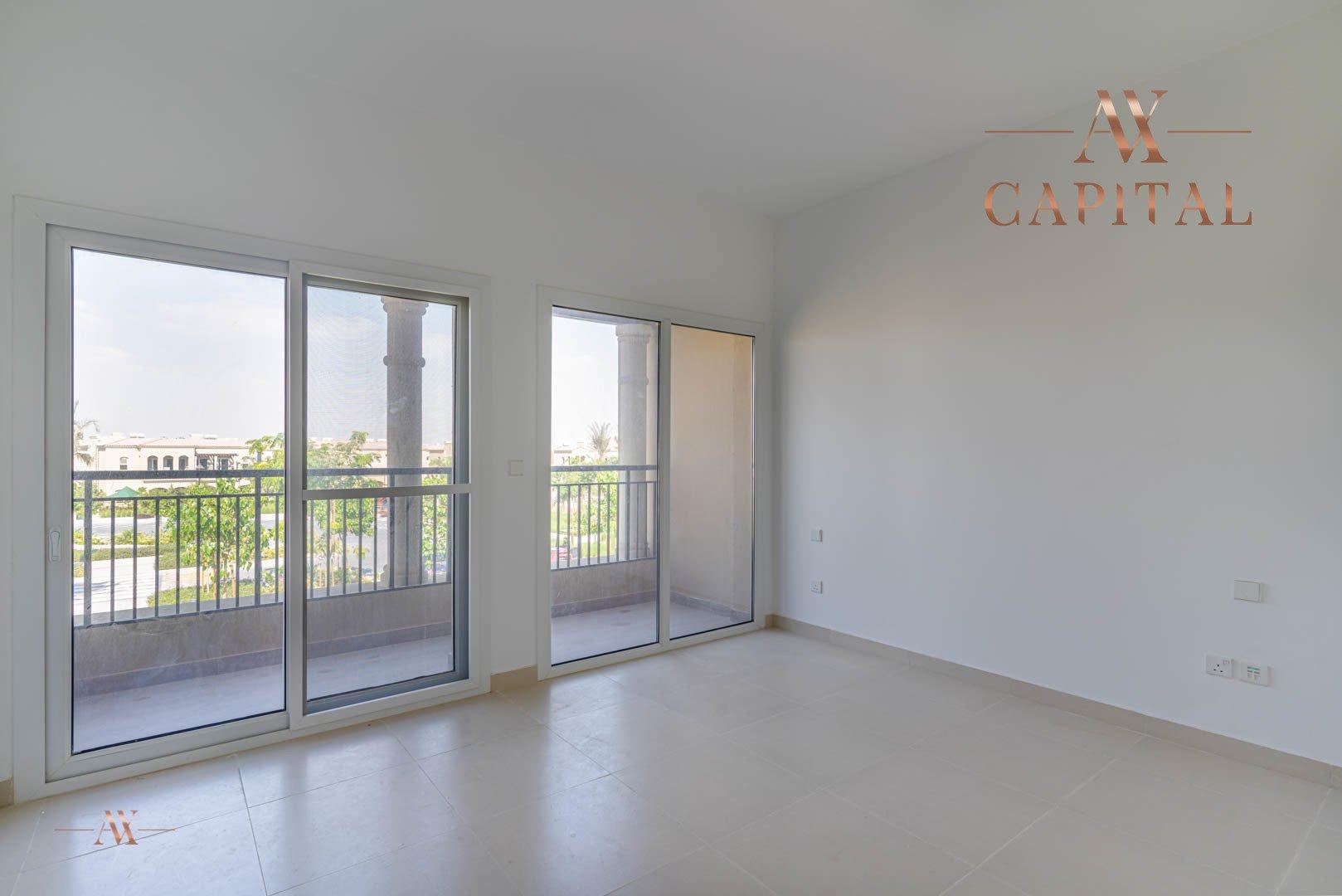 Villa for sale in Dubai, UAE, 3 bedrooms, 283.7 m2, No. 23632 – photo 8