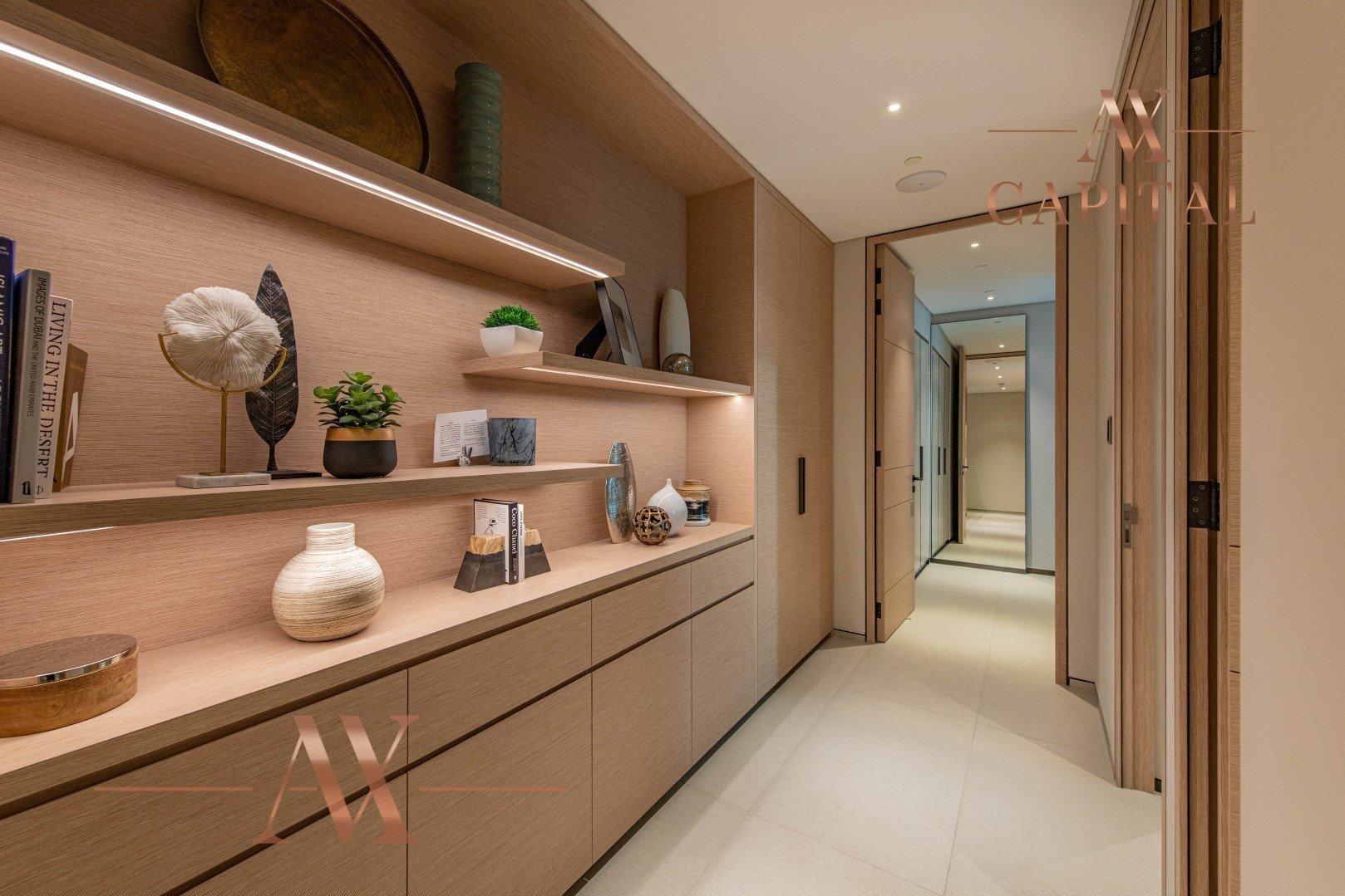 Apartment for sale in Dubai, UAE, 4 bedrooms, 240.6 m2, No. 23728 – photo 7
