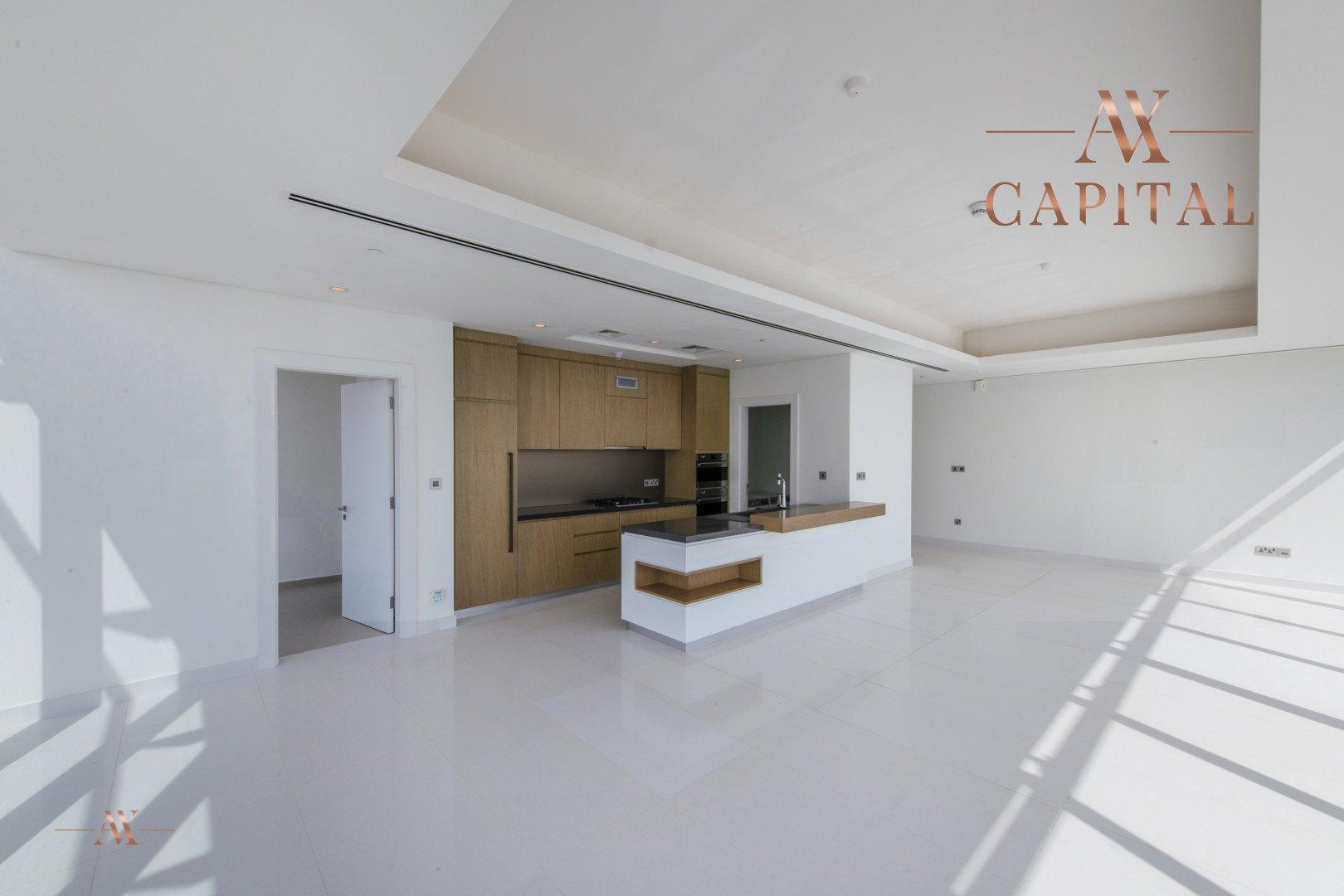 Apartment for sale in Dubai, UAE, 3 bedrooms, 244.3 m2, No. 23621 – photo 5