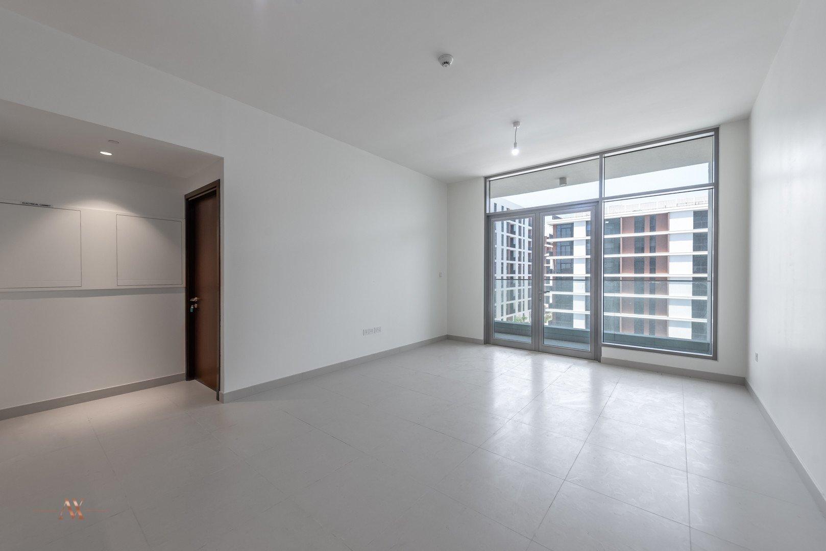 Apartment for sale in Dubai, UAE, 1 bedroom, 90.6 m2, No. 23645 – photo 8