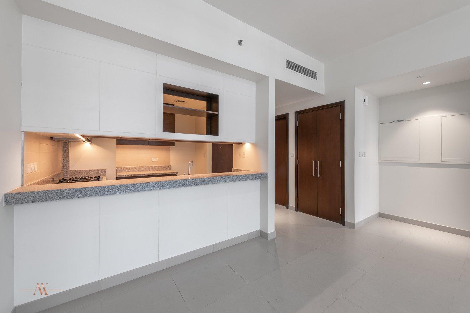 Apartment for sale in Dubai, UAE, 1 bedroom, 90.6 m2, No. 23645 – photo 10