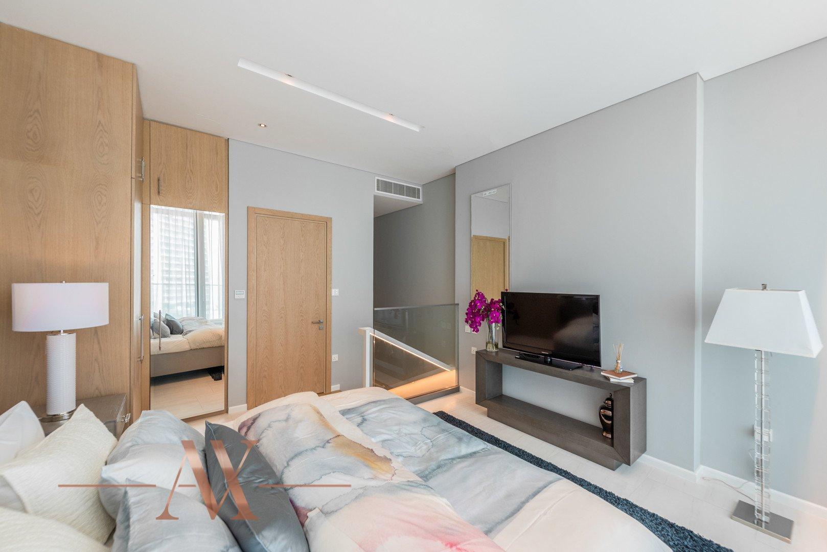Apartment for sale in Dubai, UAE, 1 bedroom, 104.5 m2, No. 23733 – photo 8