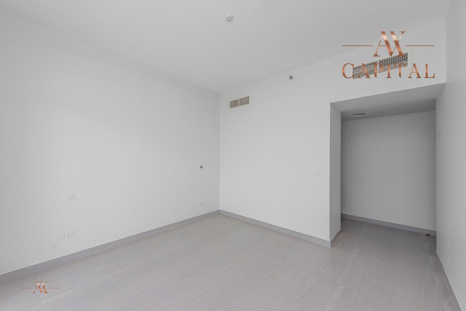 Apartment for sale in Dubai, UAE, 3 bedrooms, 200.2 m2, No. 23672 – photo 8
