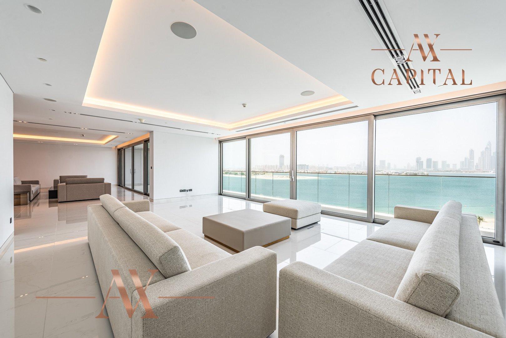 Penthouse for sale in Dubai, UAE, 3 bedrooms, 555.6 m2, No. 23768 – photo 25