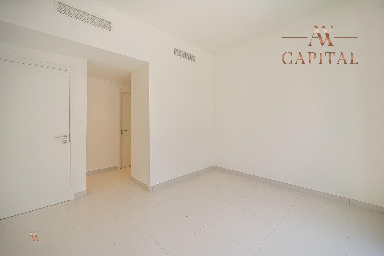 Apartment for sale in Dubai, UAE, 3 bedrooms, 125.8 m2, No. 23643 – photo 9