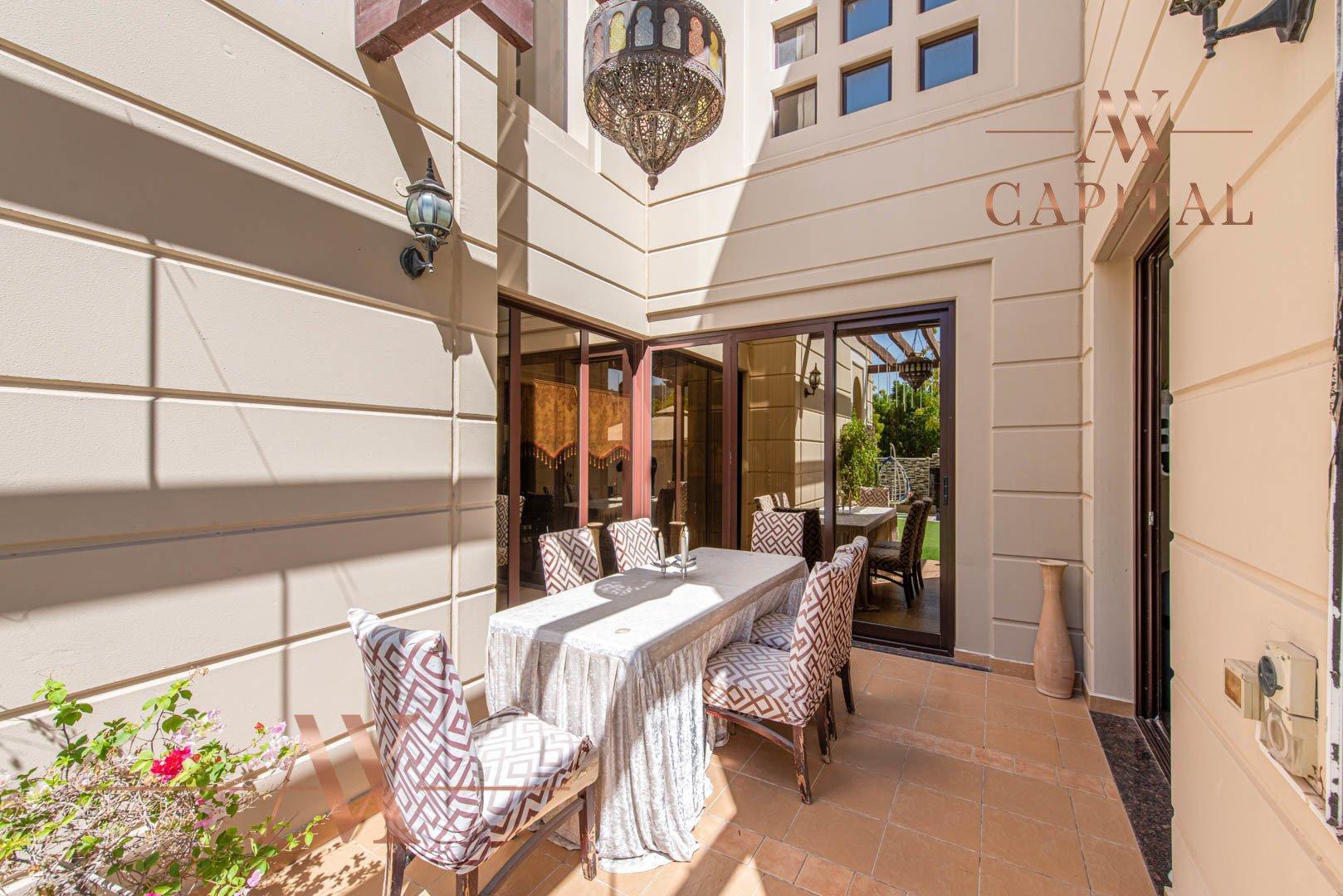Villa for sale in Dubai, UAE, 4 bedrooms, 388.7 m2, No. 23691 – photo 4
