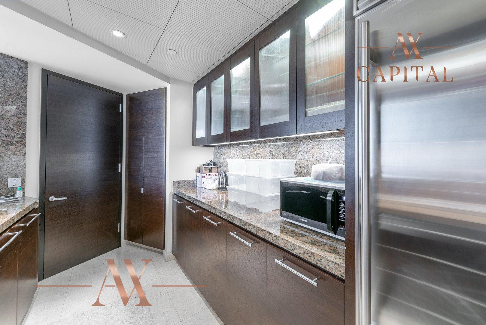Apartment for sale in Dubai, UAE, 1 bedroom, 101.8 m2, No. 23808 – photo 2