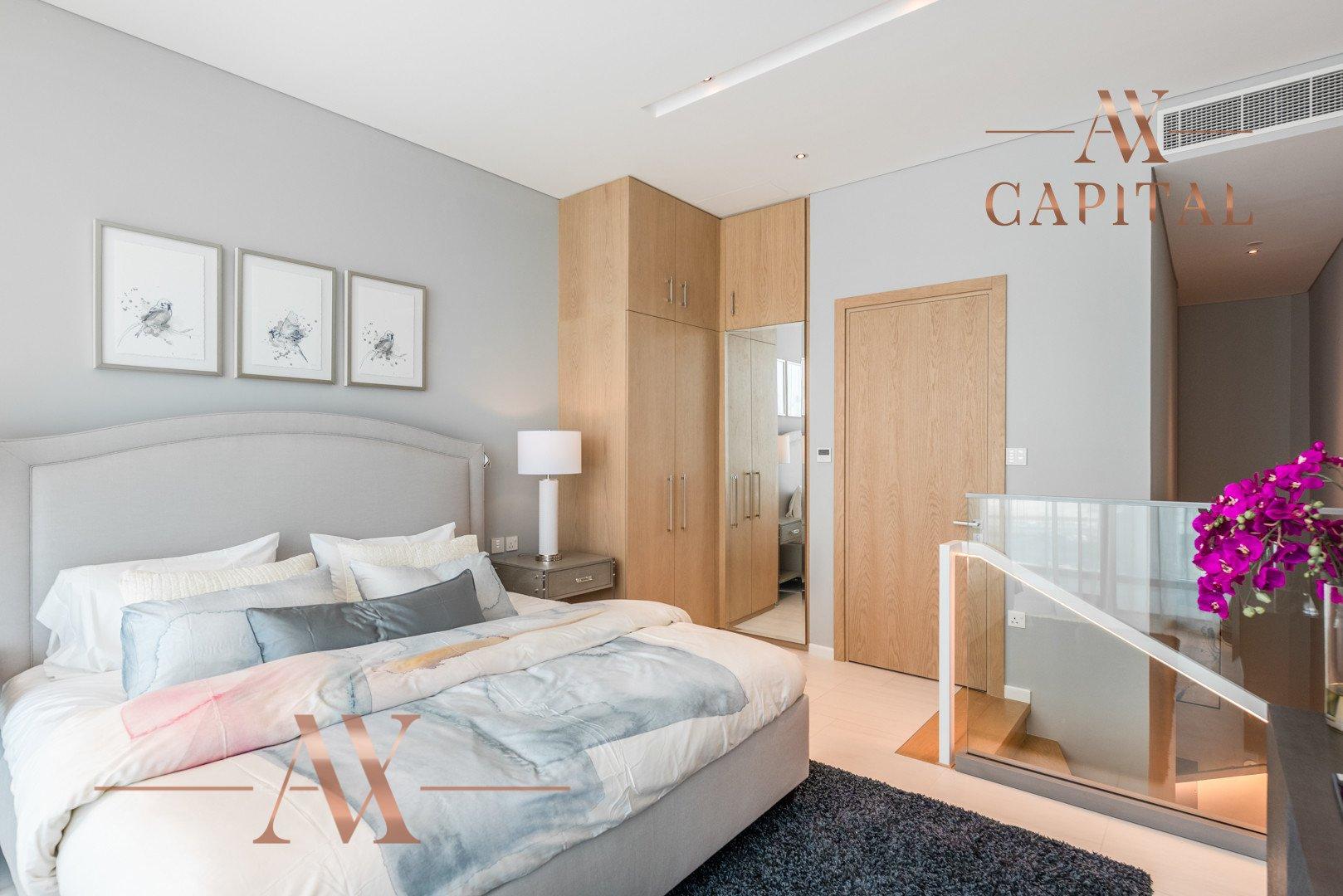 Apartment for sale in Dubai, UAE, 1 bedroom, 108.2 m2, No. 23732 – photo 3