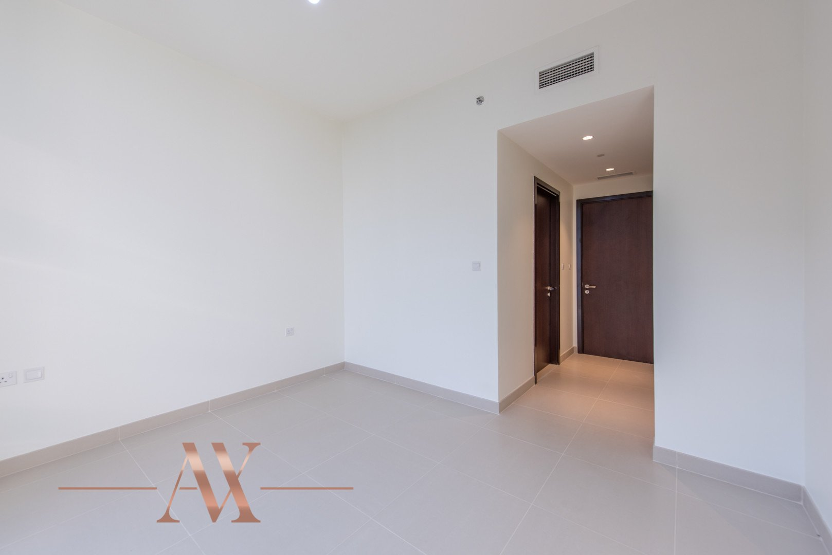 Apartment for sale in Dubai, UAE, 3 bedrooms, 236.9 m2, No. 23695 – photo 10