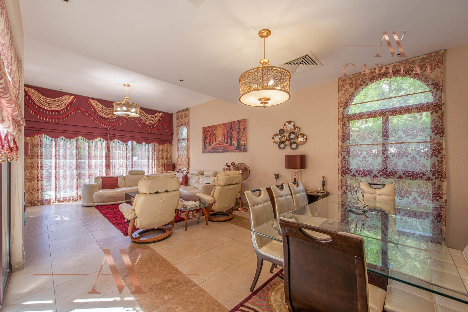 Villa for sale in Dubai, UAE, 4 bedrooms, 388.7 m2, No. 23691 – photo 11