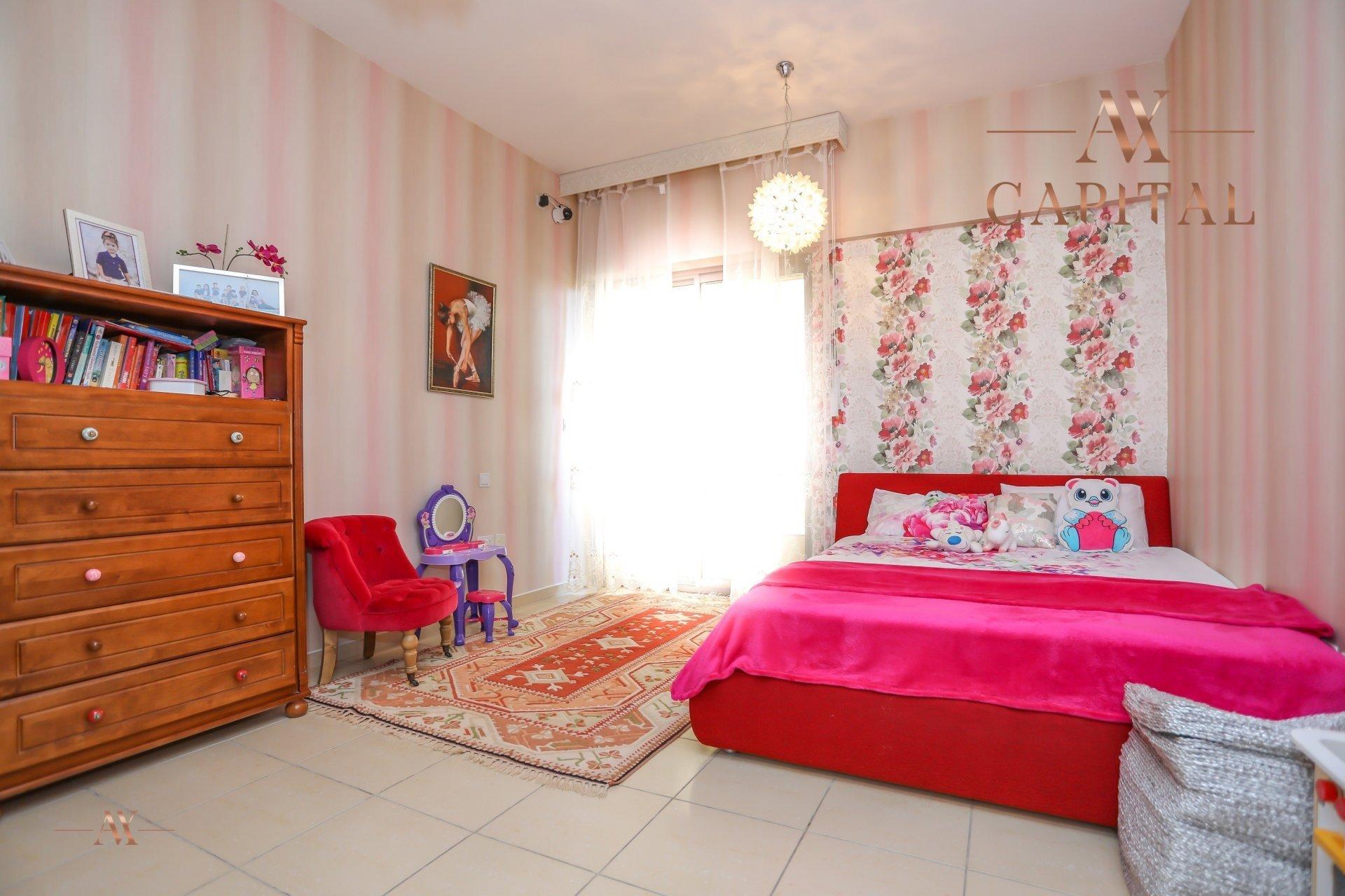 Apartment for sale in Dubai, UAE, 4 bedrooms, 251.5 m2, No. 23495 – photo 11
