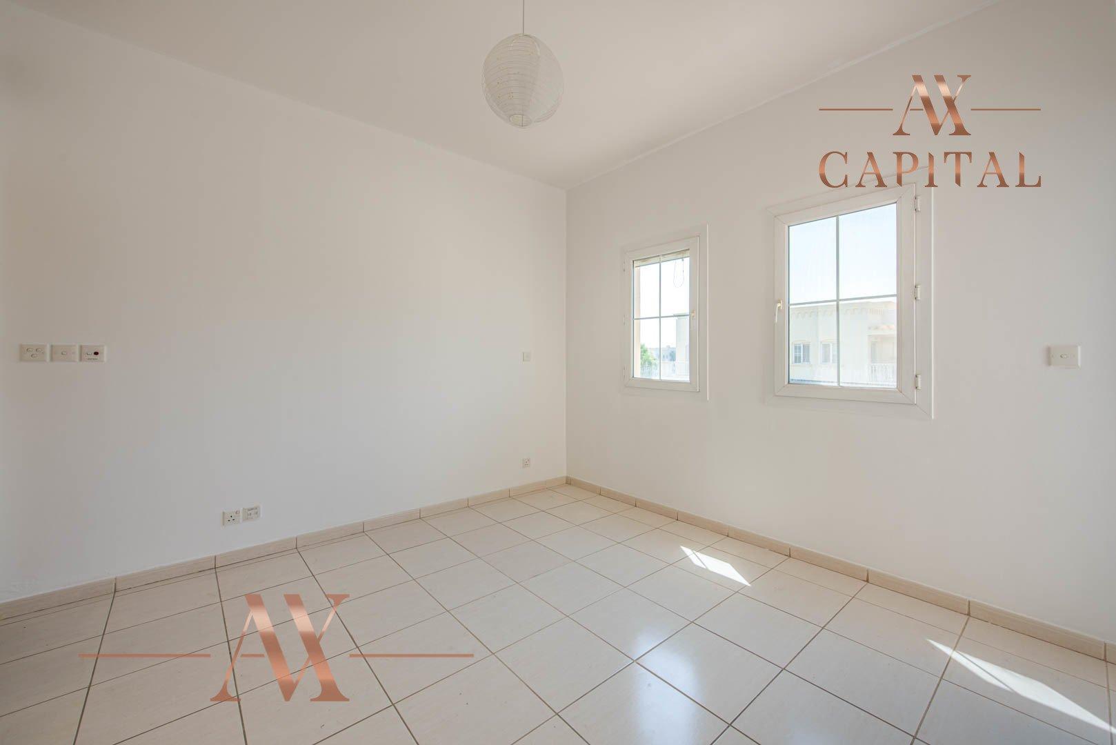 Villa for sale in Dubai, UAE, 2 bedrooms, 175.5 m2, No. 23752 – photo 12