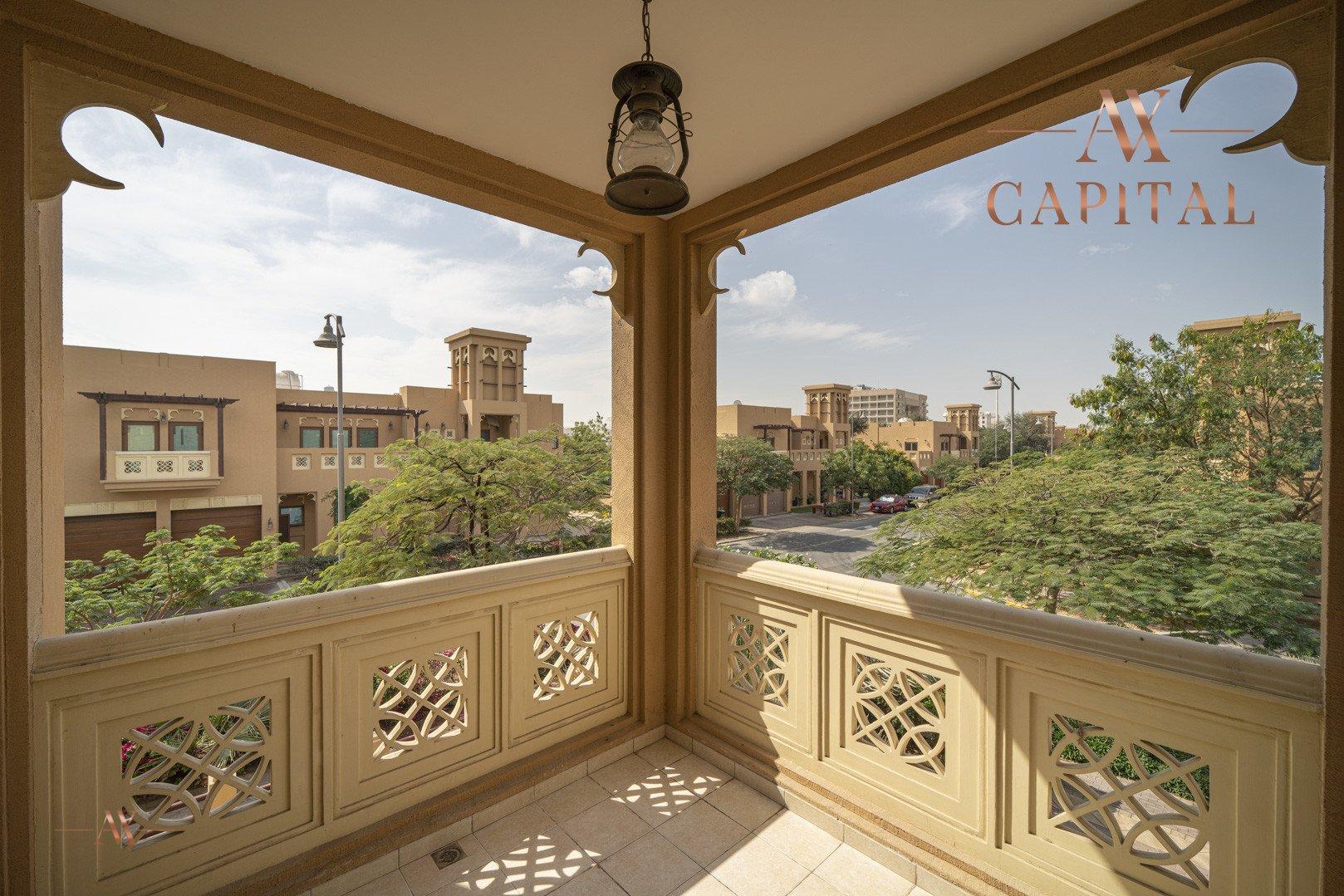 Villa for sale in Dubai, UAE, 5 bedrooms, 611.9 m2, No. 23654 – photo 11