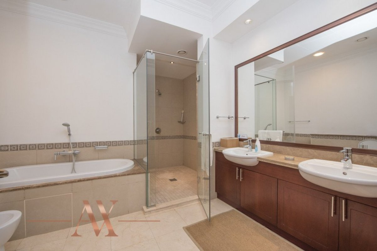 Townhouse for sale in Dubai, UAE, 3 bedrooms, 483.1 m2, No. 23709 – photo 6