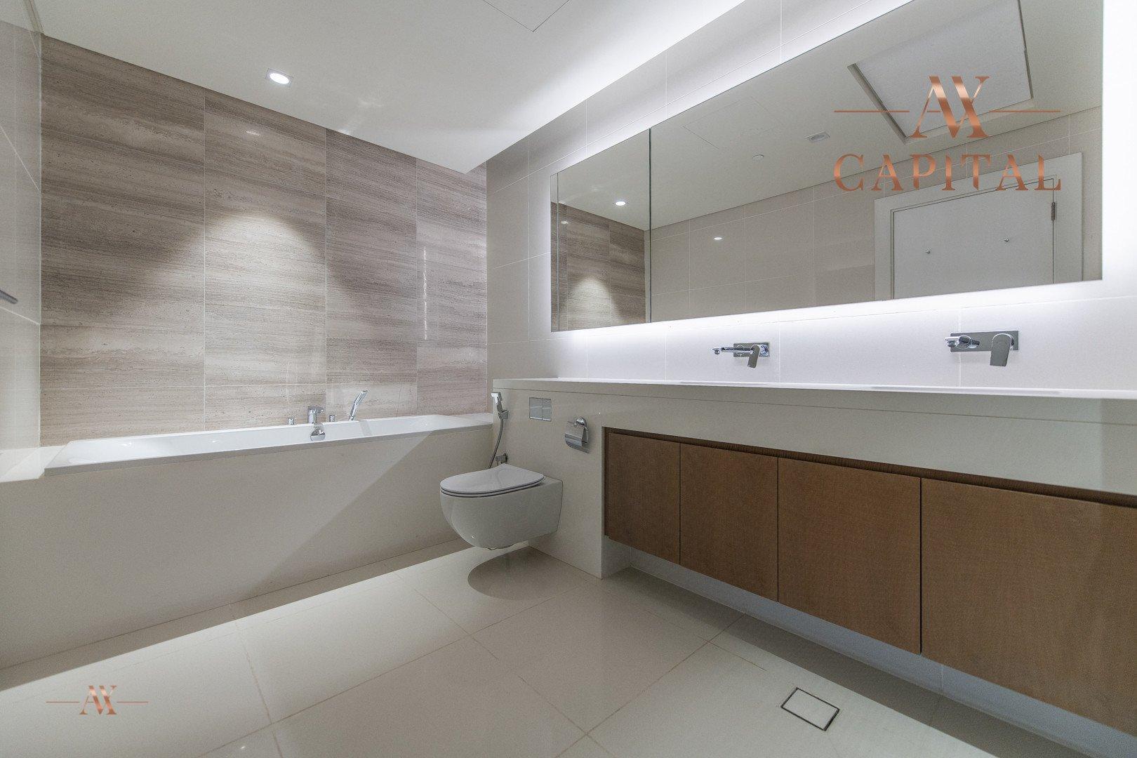 Apartment for sale in Dubai, UAE, 3 bedrooms, 244.3 m2, No. 23621 – photo 4