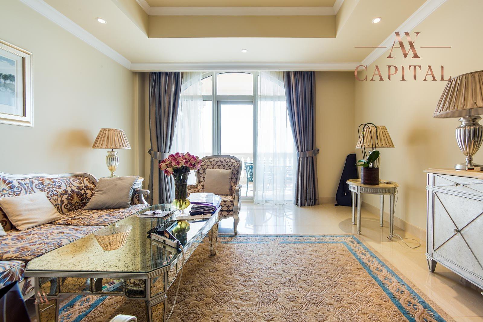 Apartment for sale in Dubai, UAE, 2 bedrooms, 164 m2, No. 23626 – photo 10