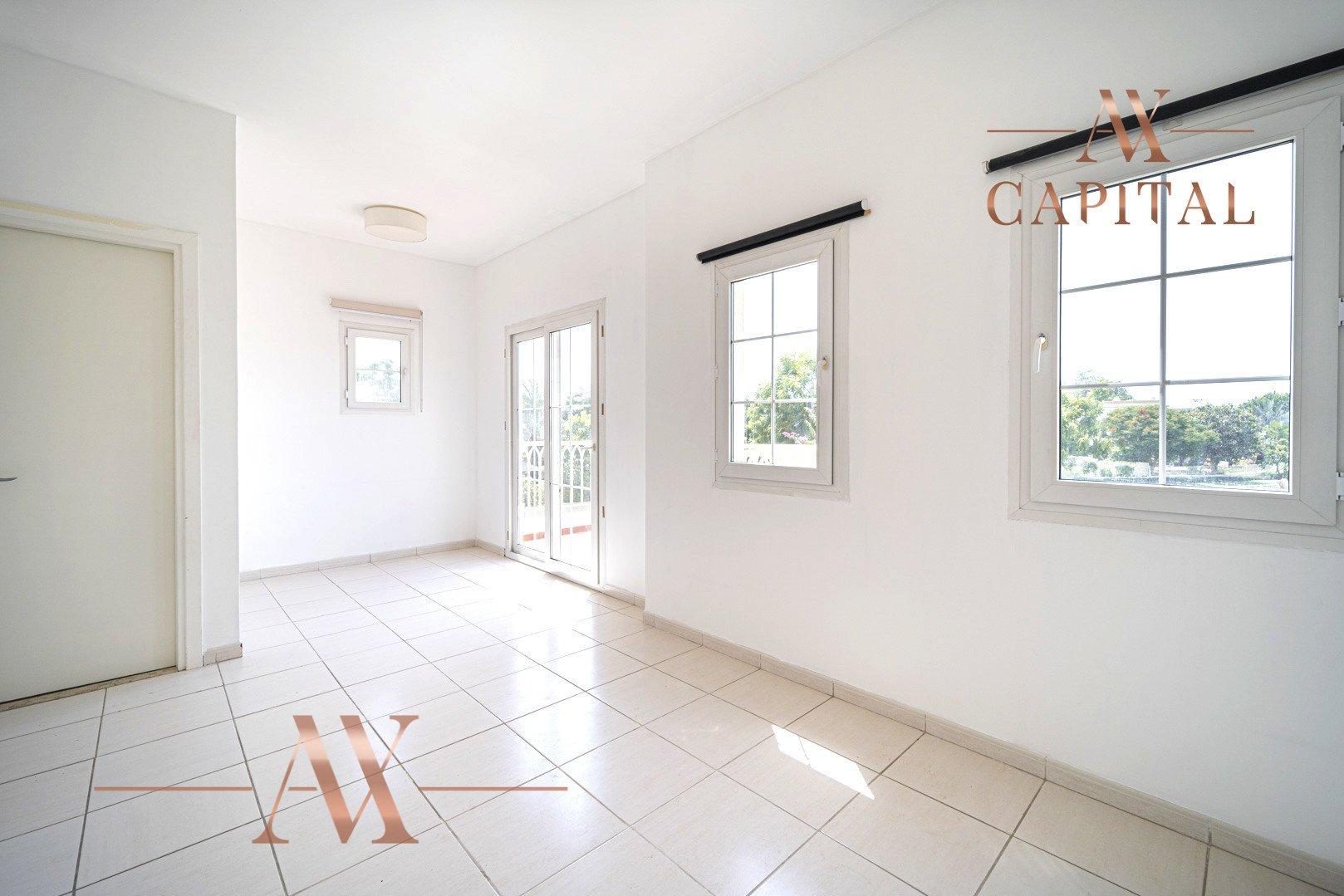 Villa for sale in Dubai, UAE, 2 bedrooms, 215.5 m2, No. 23771 – photo 12
