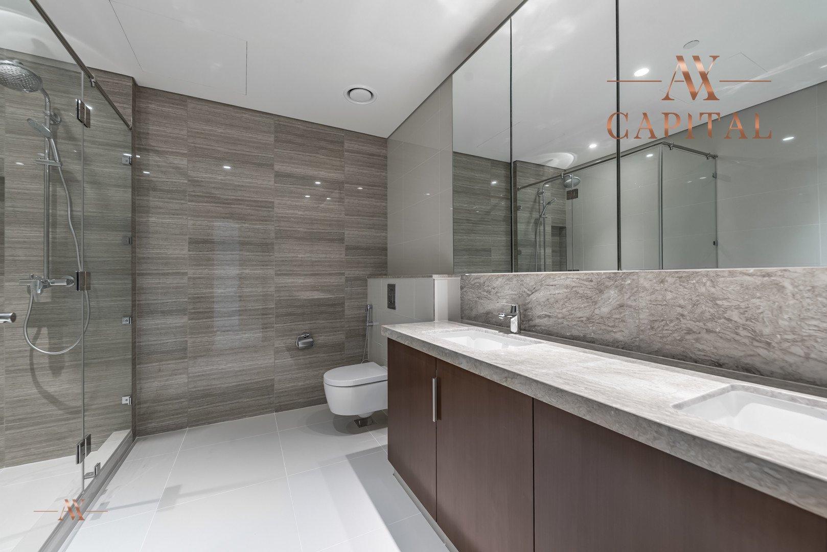 Apartment for sale in Dubai, UAE, 3 bedrooms, 265.2 m2, No. 23652 – photo 13