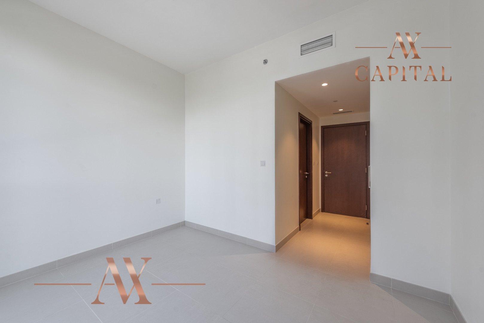 Apartment for sale in Dubai, UAE, 3 bedrooms, 236.9 m2, No. 23677 – photo 13