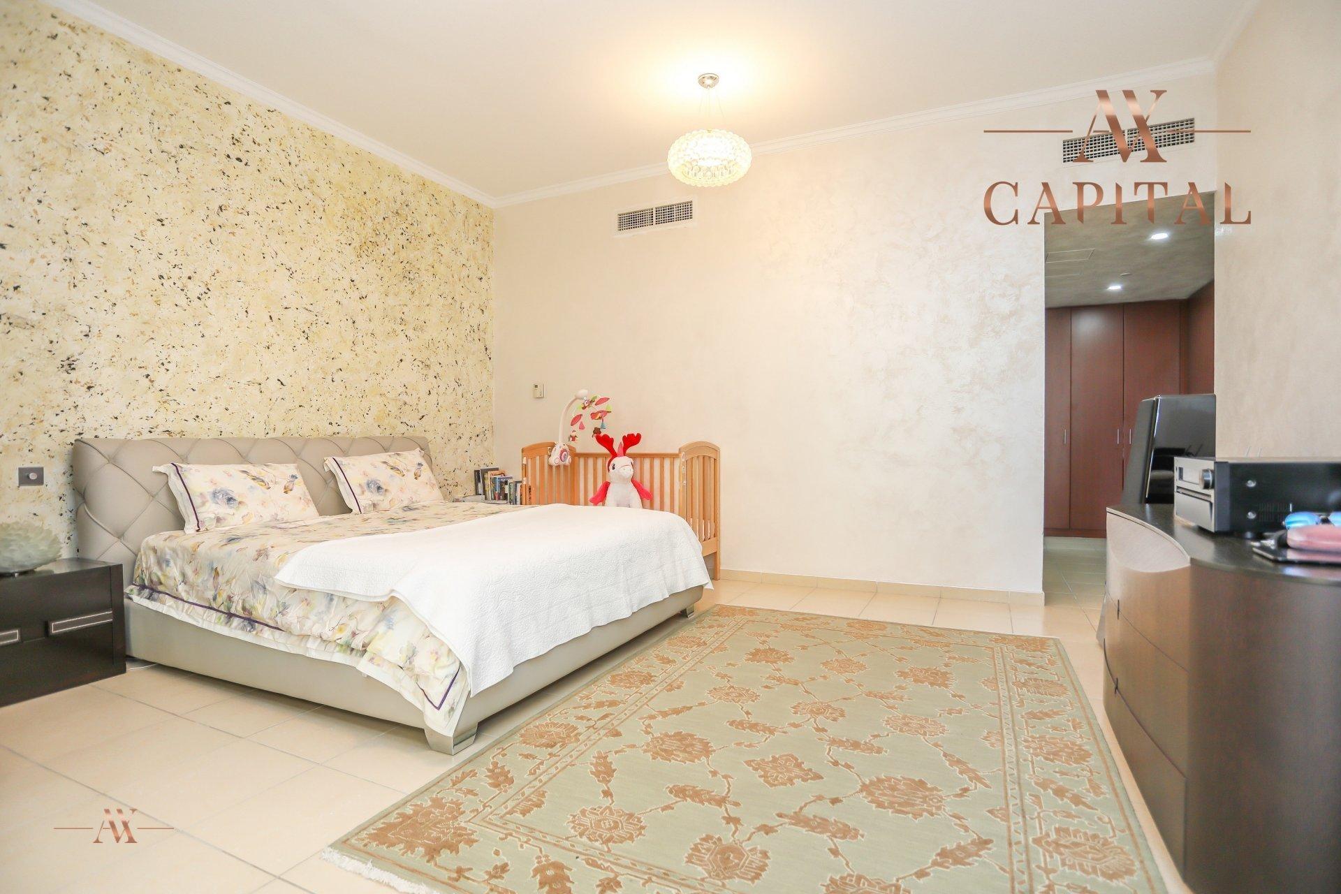 Apartment for sale in Dubai, UAE, 4 bedrooms, 251.5 m2, No. 23495 – photo 13
