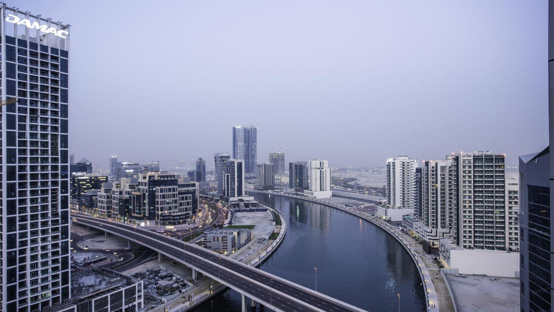 Business Bay - 13