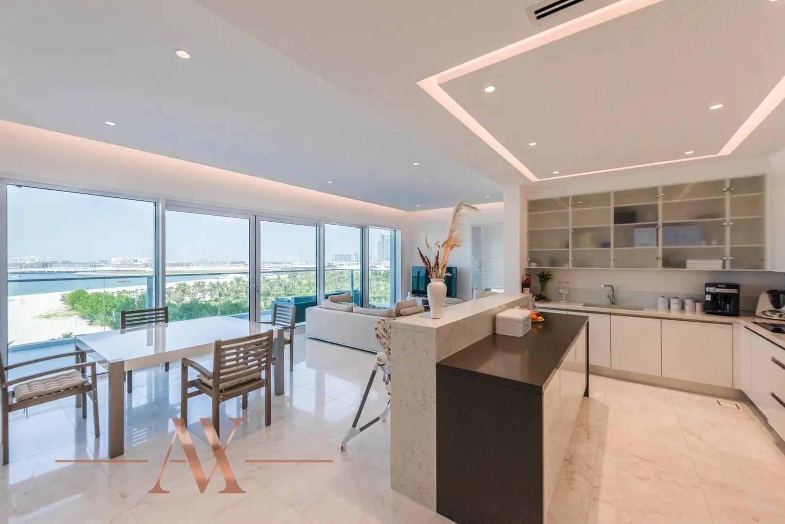 Apartment for sale in Dubai, UAE, 2 bedrooms, 202 m2, No. 24255 – photo 7