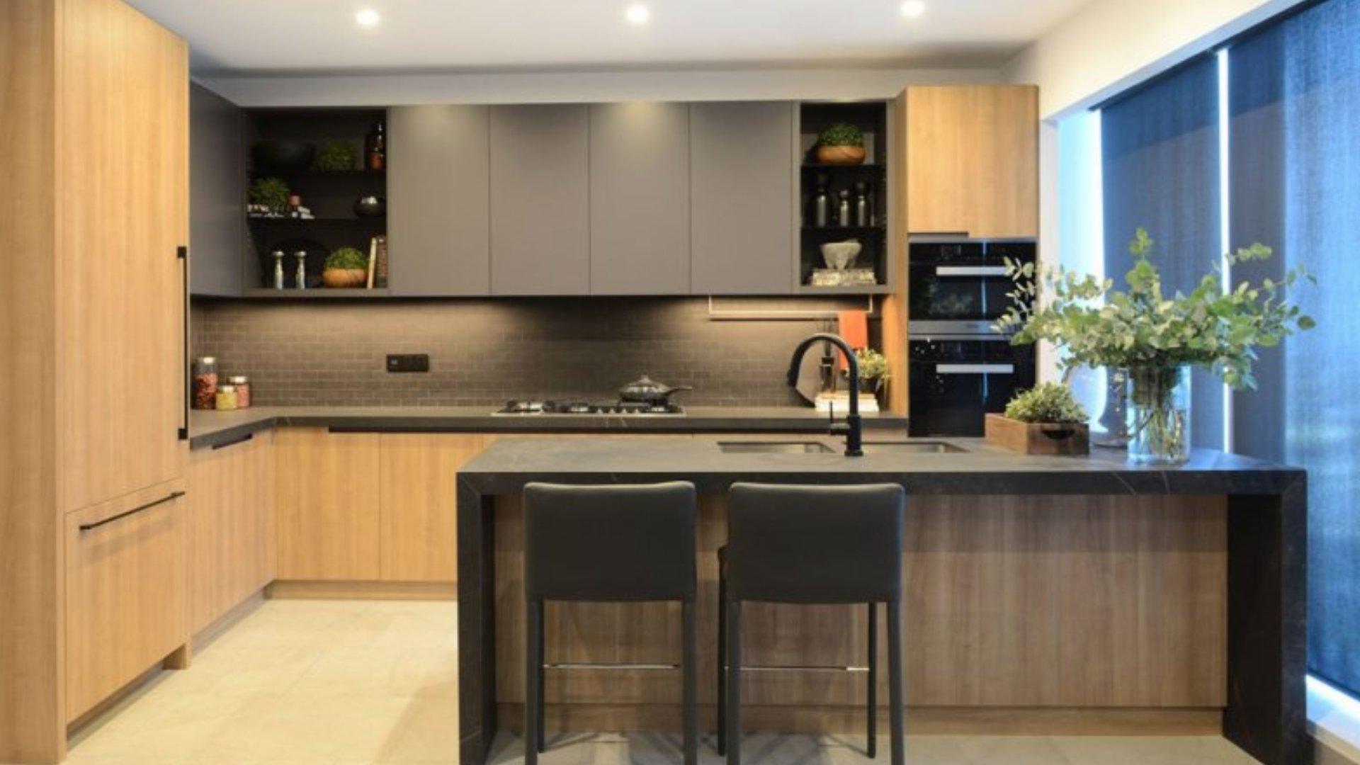Apartment for sale in Dubai, UAE, 3 bedrooms, 302 m2, No. 24279 – photo 4