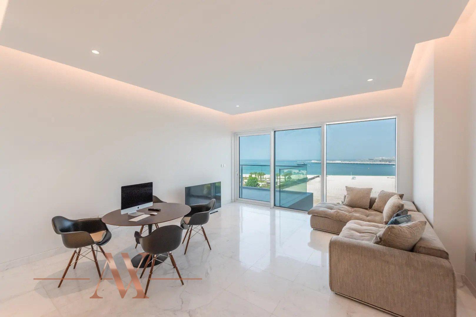 Apartment for sale in Dubai, UAE, 2 bedrooms, 154 m2, No. 24219 – photo 1
