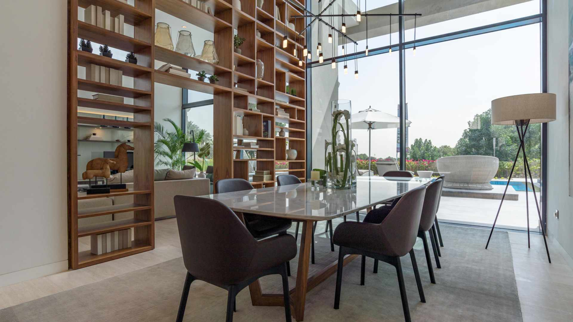 Villa for sale in Dubai, UAE, 6 bedrooms, 1117 m2, No. 24249 – photo 4