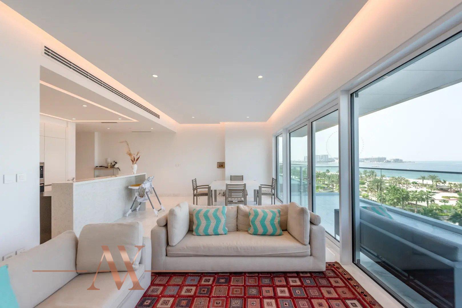 Apartment for sale in Dubai, UAE, 2 bedrooms, 202 m2, No. 24255 – photo 2