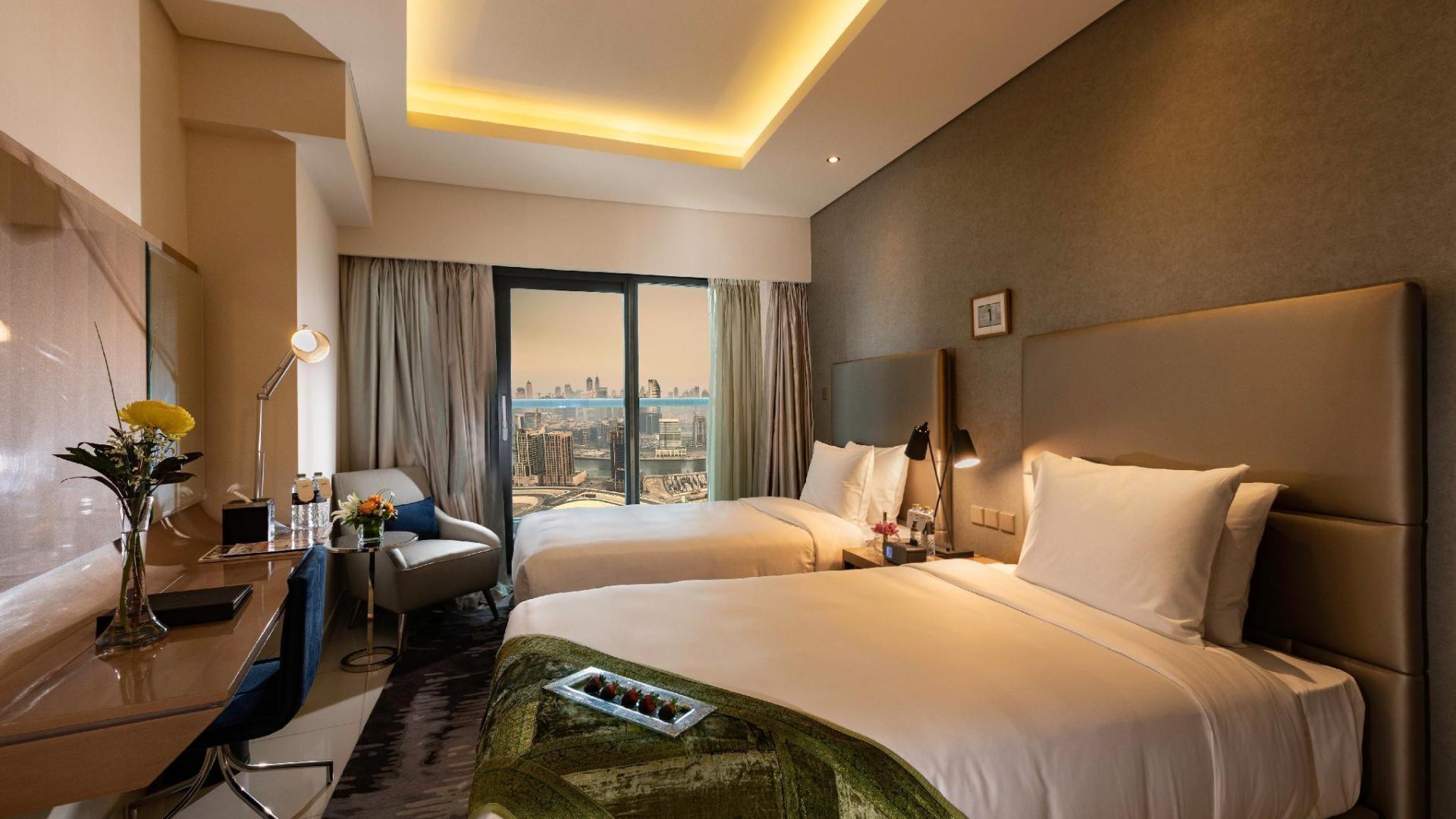 Apartment for sale in Dubai, UAE, 2 bedrooms, 153 m2, No. 24291 – photo 1